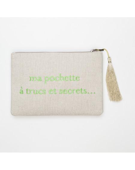 grande beige pochette brodée ma pochette à trucs et secrets…  vert clair